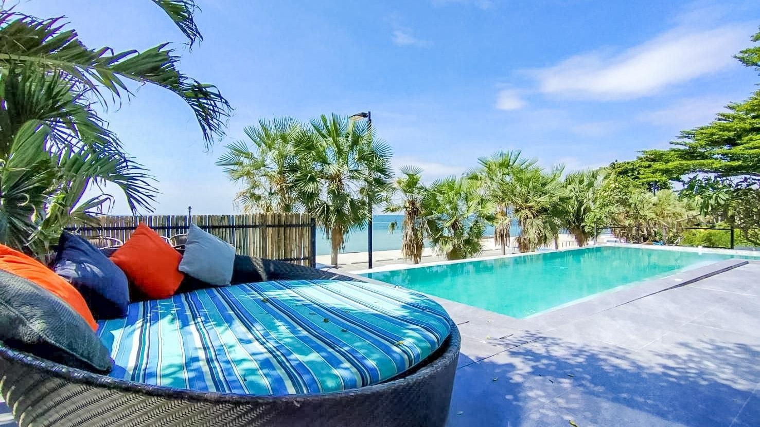 DOJO Pool villa